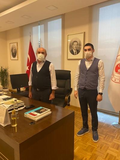 Mert Şener' den Çevre ve Şehircilik Bakanlığı'na ziyaret
